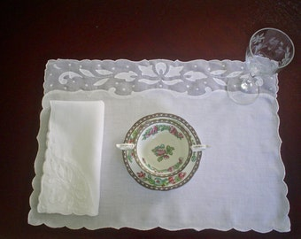 Vintage Madeira Linen Place Mat Set with Napkins and Leaf Applique Set of Six