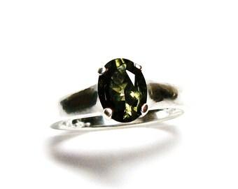 """Moldavite, moldavite ring, extraterrestrial ring, solitaire ring, green ring, s 6 3/4  """"Starburst"""""""