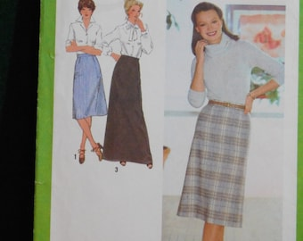 misses skirt in three lengths sewing pattern Simplicity 9070 uncut