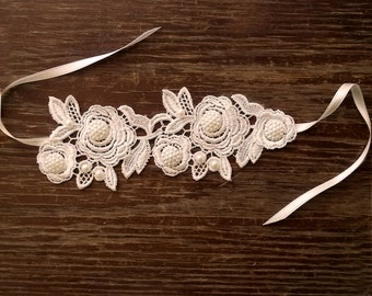 Bridal lace cuff, Wedding lace bracelet, Venice lace bridal jewelry