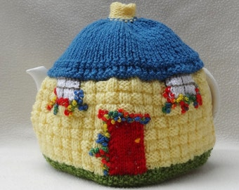 Cottage design Tea Cosy Hand Knitted in England