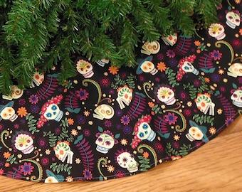 "Day of the Dead Christmas Tree Skirt with Sugar Skulls, Dia de los Muertos Decoration, Calaveras, Halloween Decor, 42"" Xmas Tree Skirt"