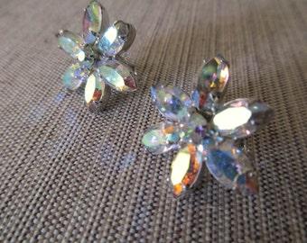 vintage Weiss rhinestone earrings - clip on, 50s, 60s