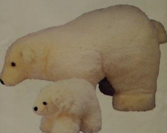 POLAR BEAR Pattern • Vogue 634 • Soft Stuff Bear • Toy Bear • Stuffed Bear • Linda Carr Bear • Vogue 7082 • Craft Patterns • WhiletheCatNaps