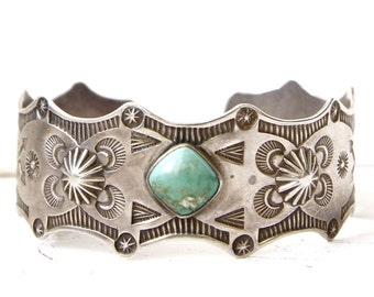 VC-14, Free U.S. Shipping, Fred Harvey era, Native American vintage sterling silver and turquoise cuff bracelet,