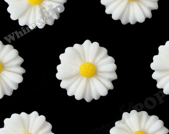 10 - White Small Gerber Daisy Sunflower Resin Cabochons, Daisy Cabochons, Sunflower Cabochons, Flower Cabochons, 13mm x 4mm (R8-190)