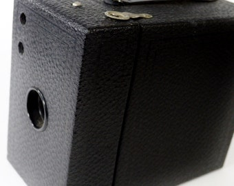 Extra Nice Eastman Kodak 2A Cartridge Hawk-Eye Camera
