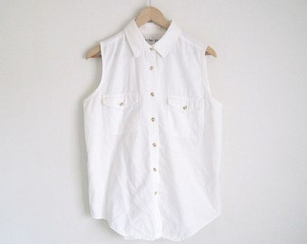 white denim button down shirt with pointed collar. women vintage 90s shirt. sleeveless denim shirt with pocket. basics white top.