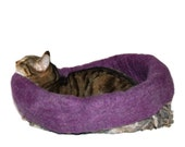 Felted Cat Bed Sheep Friendly Wool Cat Basket Pet Bed - Jacob Cross on Amethyst Heather - Kat's Cradle - Supporting Small US Farms