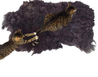 Cat Bed Hand Felted Wool Fleece Sheep-friendly Rustic Pet Rug- Navajo Churro Purrple/Gray - Supporting American Small Farms