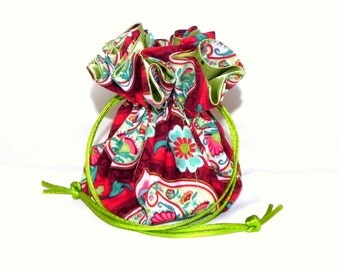 Drawstring Jewelry Bag Pouch - Jewelry organizer - Red and green flowers travel bag