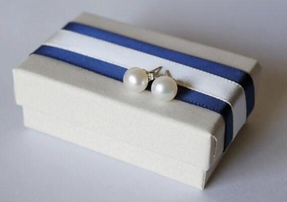 7.5 mm AAA White Fresh Water pearl earring studs, pearl earrings, Sterling silver, bridesmaid earrings, pearl stud earrings