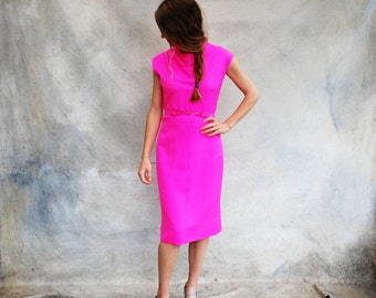 1950s Mad Men hot pink dress- 50s retro sleeveless sheath cocktail dress- small