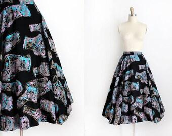 vintage 1950s circle skirt // 50s Carole King novelty vase skirt