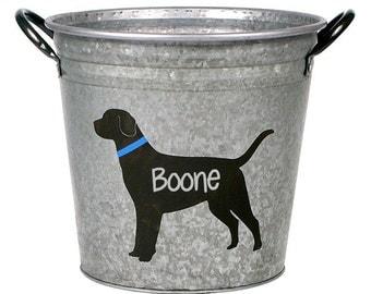 Personalized Pet Storage Bucket, Brown Lab