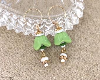Vintage Repurposed Flower Earrings - Czech Glass Flower Bead Earrings - Green Flower Dangle Earrings - Jryen Designs