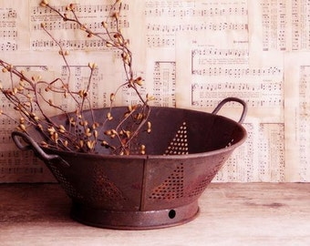 Primitive Antique Tin Colander, Strainer, Rusty Metal, Farmhouse Decor