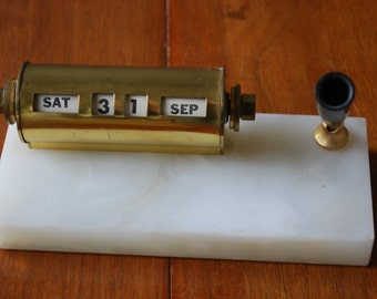 Vintage Onyx and Brass Desk Set - perpetual calendar and pen set  - 1960's - office - desktop