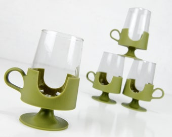 corning mugs, cups, mid century, large, coffee cups, glass snap, plastic, avocado green, 12 ounces, 70s, kitsch, vintage kitchen
