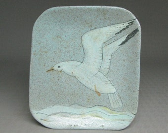 handmade SEAGULL pottery wall hanging dish , vintage unknown maker