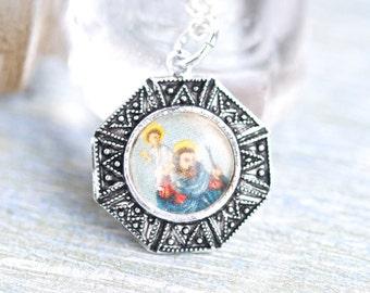 St Christopher Medallion Necklace - Relic Travelers Patron Saint - Religious Jewelry