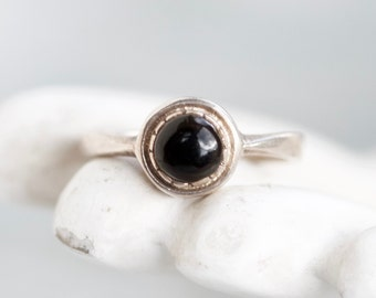 Black Dot Ring - Sterling Silver Simple Ring - Jet Black Glass - Boho Ring Size 9