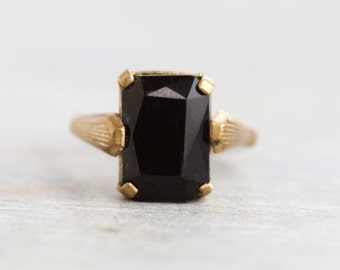 Jet Black Glass Ring - Antique Gothic Brass Ring - Size 7.5 Ajustable