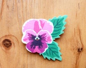 Spring/Summer Pink Pansy Flower Brooch - FREE UK P&P