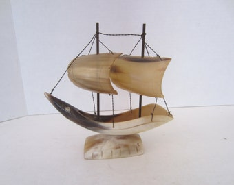 Ship with Two Sail, Genuine Horn, Made in Italy