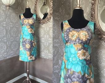 Vintage 1960's Hawaiian Turquoise Floral Print Dress Medium