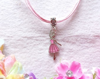 10 Ballerina Necklaces Party Favors.