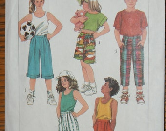 Vintage Retired Simplicity Childs Easy to Sew Loose Fitting Pattern 7989 Size large