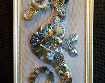 Beautiful Vintage Framed Jewelry Art Handmade Seahorse