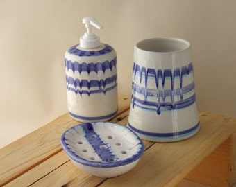 Bathroom set MAJOLICA soap dish soap pump dispenser toothbrushes holder blue stripes