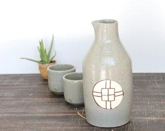 Ceramic Wine Bottle set, Sake Bottle Set with Two cups, Pottery Bottle, Ceramic Vase
