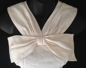 Vintage 1950s Hip Hugging Linen Day Dress