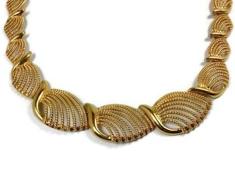 Napier Vintage Necklace Haute Couture Chunky Gold Filigree Leaf Link Collar