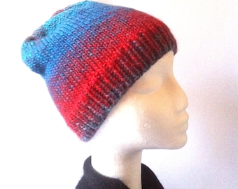 Gradient Knitted Beanie**Red*Blue**