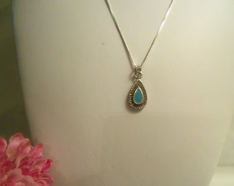 Fabulous Women's Very Vintage Zuni Sterling (925) Turquoise Tear Drop w/ Sterling Italian 925 Box Chain Necklace- Birthday Gift Her Mom Teen