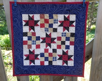 Patriotic Little Quilt, July 4th Quilt, Americana Quilt 0606-04