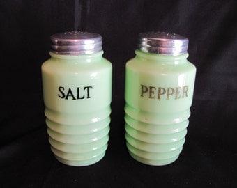 Jeannette Glass Jadeite Salt and Pepper Shakers / Jeannette Jadeite Range Set