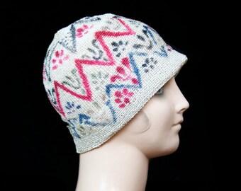 1920s Cloche Hat // Air Brush Art Deco Raffia Crochet Cloche Hat