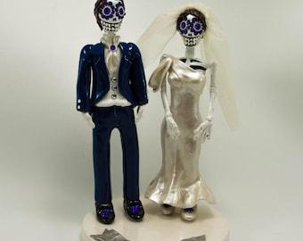 Love never die cake topper Skeleton bride and groom