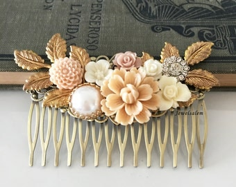 Wedding Hair Comb Elegant Bridal Hair Accessories Beautiful Headpiece for Bride Vintage Style Hair Adornment with Blush Pink Flowers