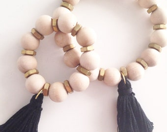 JEWELERY Collection: Black tassel natural wood bead bracelet