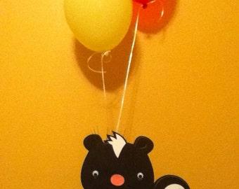 Cute Woodland Animal Balloon Centerpiece