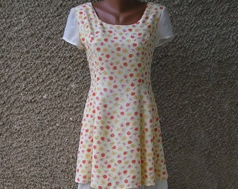 ON SALE: Vintage Floral Mini Dress size S-M