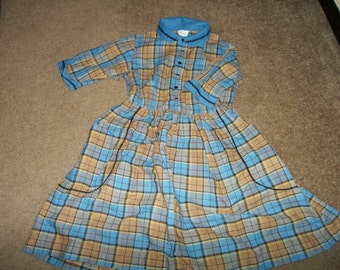 Girls Vintage Mid Century Cotton Dress..1950 era..Size 10..Good Condition...Pockets..MAD MEN Era