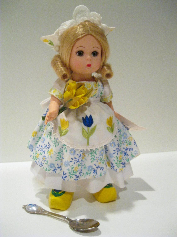 Madame Alexander Doll Holland 8 Vintage Dolls Brand