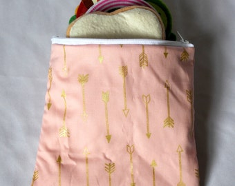 "Reusable sandwich bag, snack bag in pink and gold arrow print 7""x6.5"""